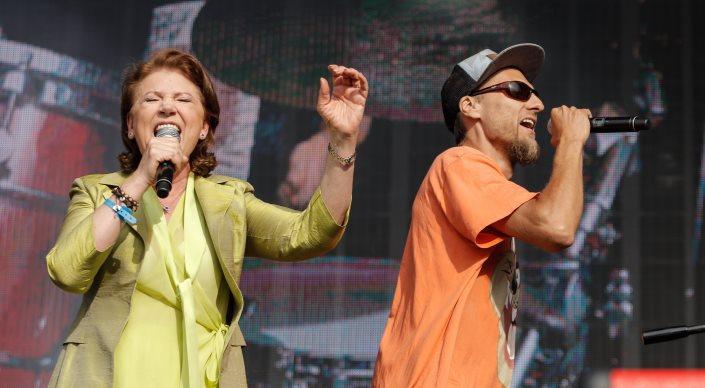 Halina Frąckowiak i L.U.C podczas koncertu Męskiego Grania we Wrocławiu