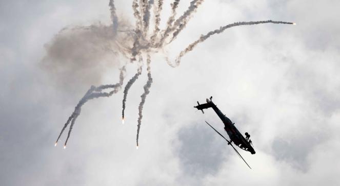 Black Hawk podczas Międzynarodowych Pokazów Lotniczych Air Show 2013 w Radomiu.