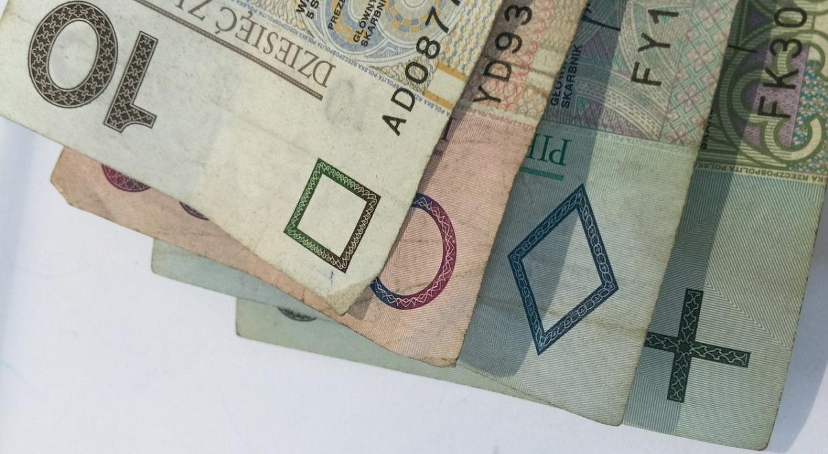 pieniądze 1200.jpg