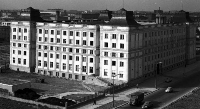 Budynek Polskiego Radia przy al. Niepodległości w Warszawie projektu Bohdana Pniewskiego (1960), NAC