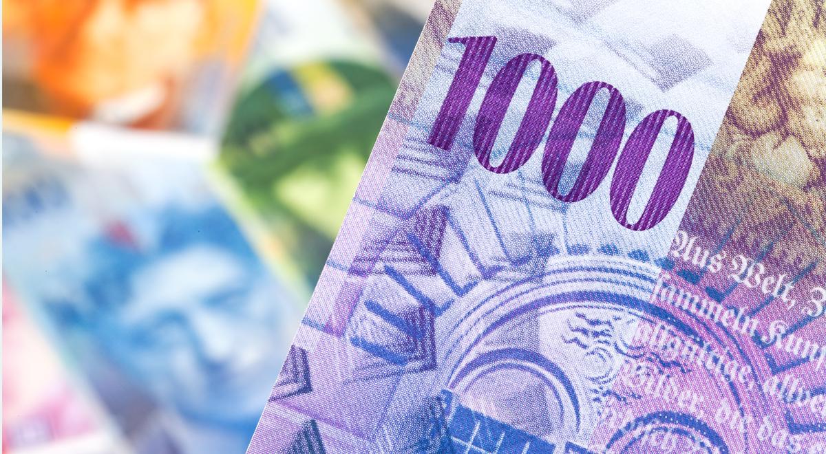 franki szwajcarskie 1200.jpg