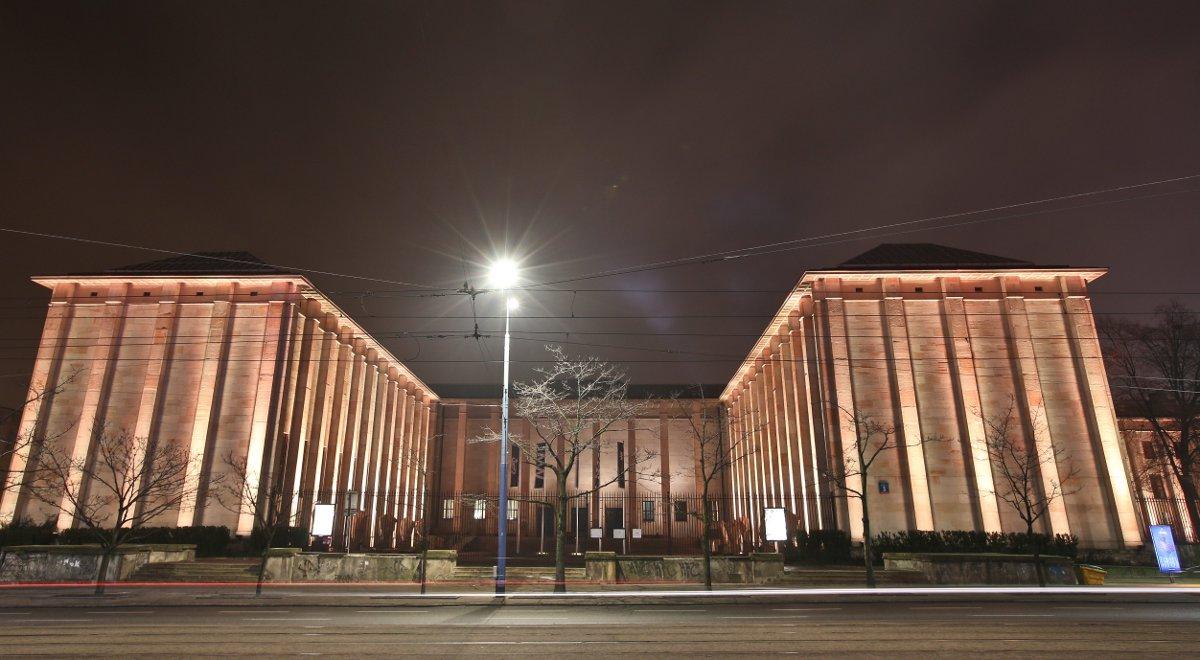 muzeum narodowe 1200.jpg