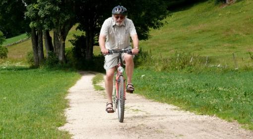 Czas rozpocząć sezon rowerowy. O czym warto pamiętać przed przejażdżką?