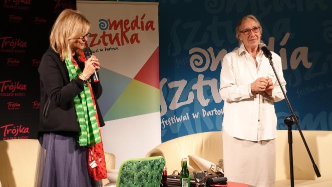 Maja Komorowska i Barbara Marcinik podczas festiwalu w Darłowie (fot: Darłowski Ośrodek Kultury)