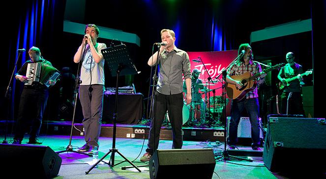 Pablopavo i Ludziki podczas koncertu w Trójce zagrali kilka nowych piosenek oraz najbardziej znane utwory z albumów Telehon i 10 piosenek.